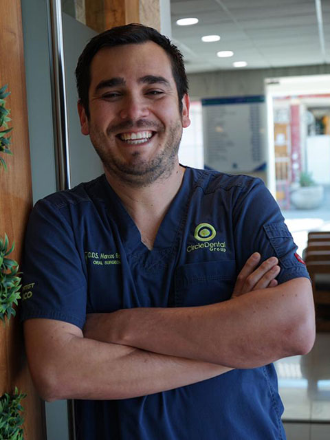 D.D.S. Marcos Bazúa